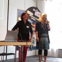 Infos aus der Europäischen Verband (ECA), Bettina Tautscher und Präsidentin Beate Höß-Zenker,
